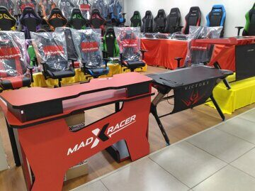 RENTE-madxracer-gaming-desk